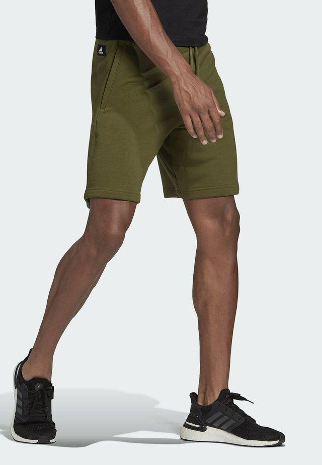 FI SHORT BD MUST HAVES SPORTS REGULAR SHORTS - Sports shorts - green
