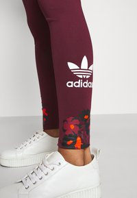 adidas Originals - GRAPHICS SPORTS INSPIRED TIGHTS - Leggings - Trousers - multicolor - 3