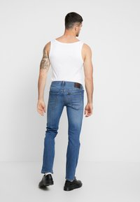 Lee - DAREN ZIP FLY - Jeansy Straight Leg - blue used - 2