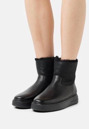 PRO - Zimní obuv - schwarz