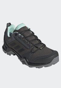 adidas Performance - TERREX AX3 GTX SHOES - Baskets basses - grey - 3
