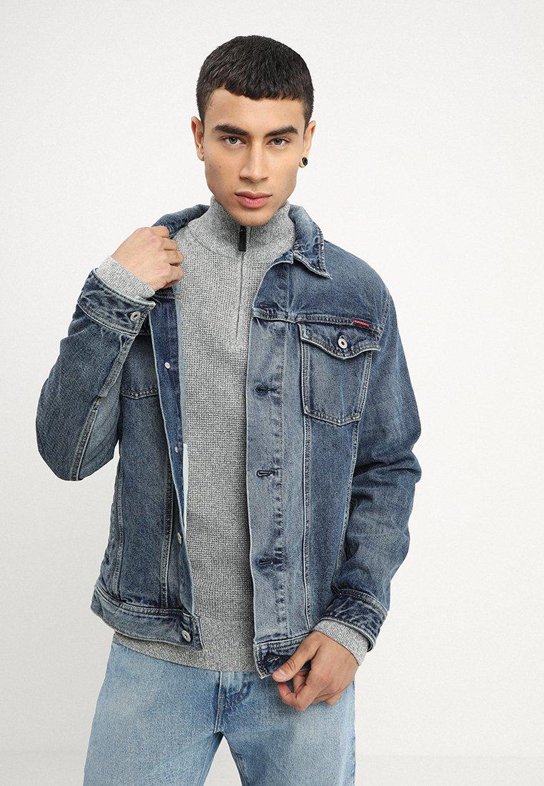Superdry - HIGHWAYMAN TRUCKER - Denim jacket - vale mid blue