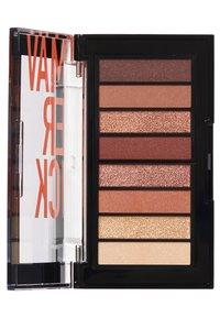 Revlon - COLORSTAY LOOKS BOOK EYESHADOW PALETTE - Eyeshadow palette - N°930 maverick - 1