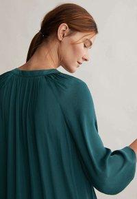 OYSHO - Shirt dress - evergreen - 4