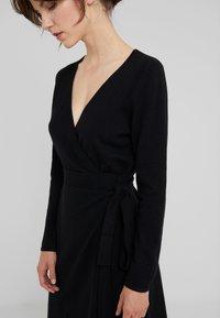 Davida Cashmere - WRAP OVER DRESS - Jumper dress - black - 3