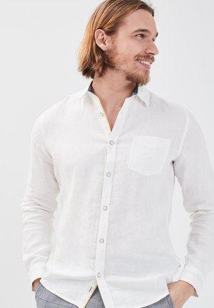 UMWELTBEWUSSTES  - Overhemd - ecru