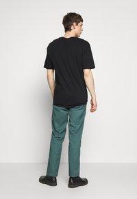 Dickies - 874 ORIGINAL FIT WORK PANT - Bukser - lincoln green - 2