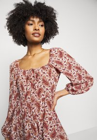 Faithfull the brand - NALINE DRESS - Denní šaty - burgundy - 3