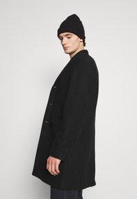 Only & Sons - ONSJULIAN STAR COAT - Classic coat - black - 3