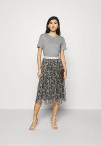 Rich & Royal - SKIRT PRINTED - A-line skirt - black - 1