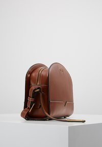 Marc O'Polo - Across body bag - authentic cognac - 3