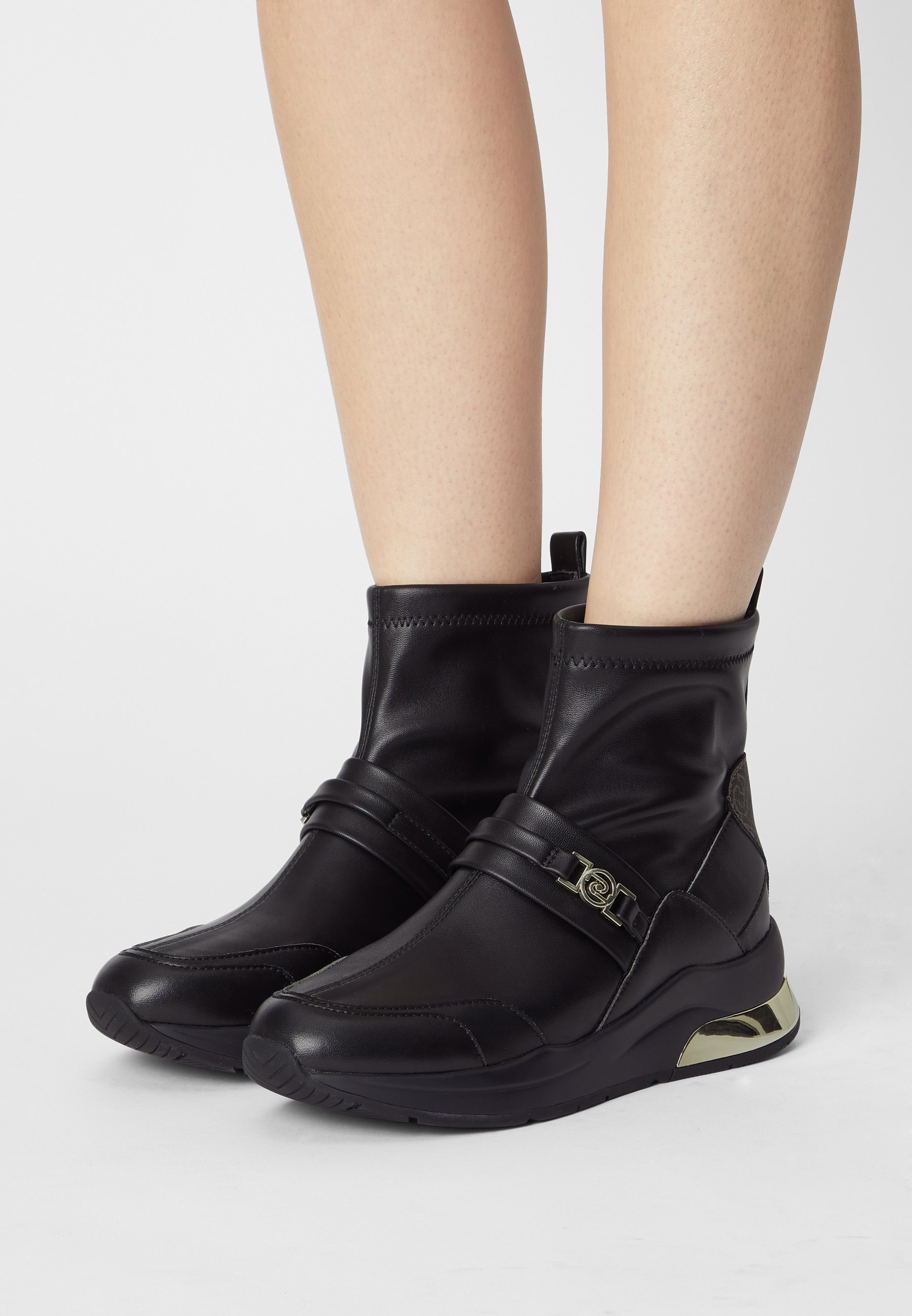 Women KARLIE  - Wedge Ankle Boots