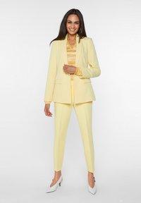 WE Fashion - Blazer - light yellow - 1