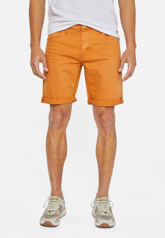 WE FASHION HERREN-JEANSSHORTS - Shorts di jeans - orange