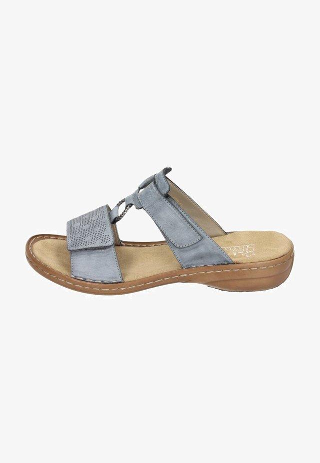 Pantofle - azur