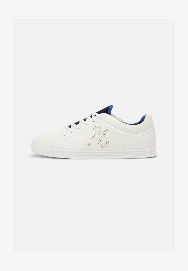 VEGAN LUTHER - Trainers - white
