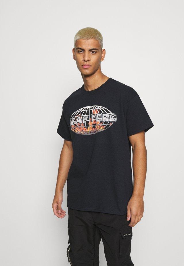 A$AP FERG FLAME GLOBE  - T-shirt con stampa - black
