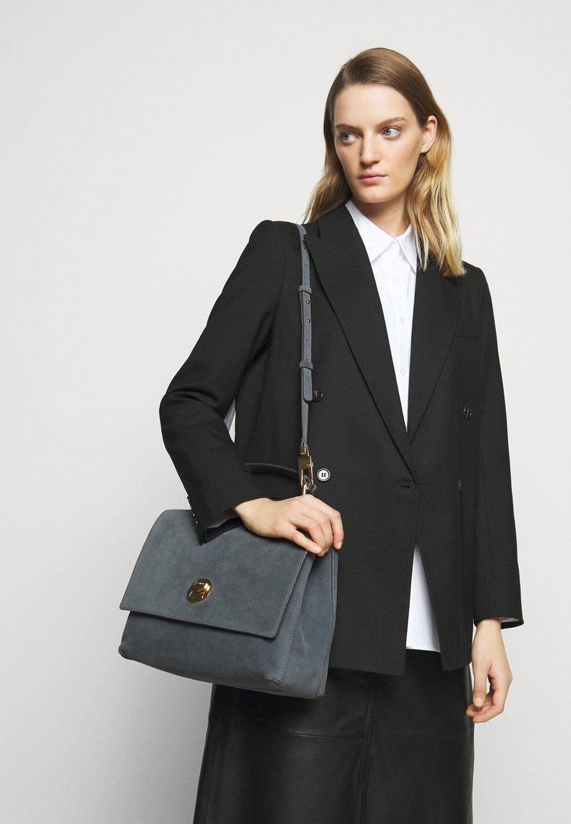 Coccinelle - LIYA - Handbag - ash grey