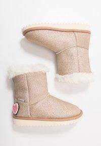 Pepe Jeans - GLITTER - Kotníkové boty - gold - 0