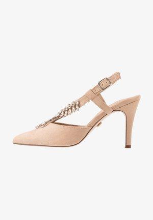 GEMINISLINGBACK TRIM COURT - Zapatos altos - nude