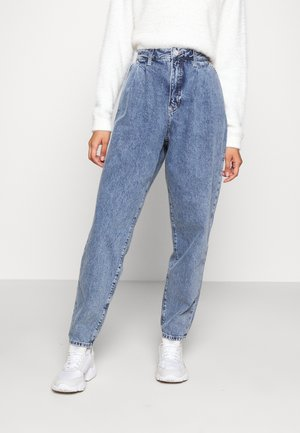 RETRO MOM - Relaxed fit -farkut - marcia mid blue rigid