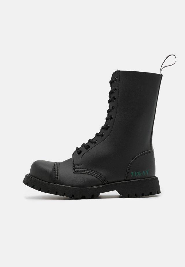 B-GUN VEGAN - Snørestøvler - black