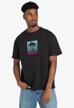 PALM BEACH - Print T-shirt - black
