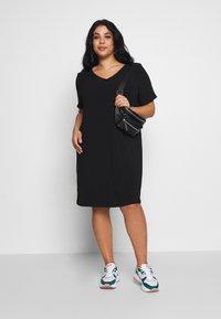 ONLY Carmakoma - CARMANILO V-NECK  - Jersey dress - black - 1