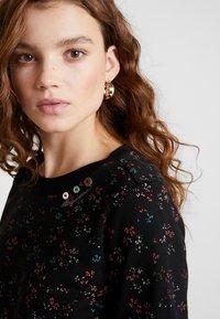 Ragwear - MENITA FLOWERS - Korte jurk - black - 3