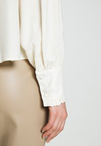 Vero Moda - VMNEELA - Blouse - birch - 7