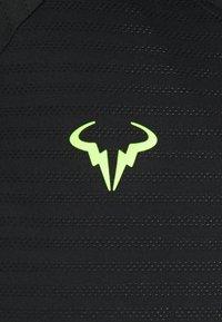 Nike Performance - RAFAEL NADALEL NADAL - Print T-shirt - black/volt - 2