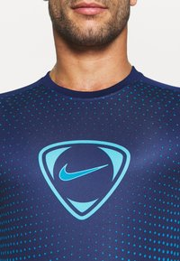 Nike Performance - ACADEMY - Print T-shirt - blue void/imperial blue - 5