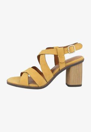 Sandals - saffron (1-28345-24-627)