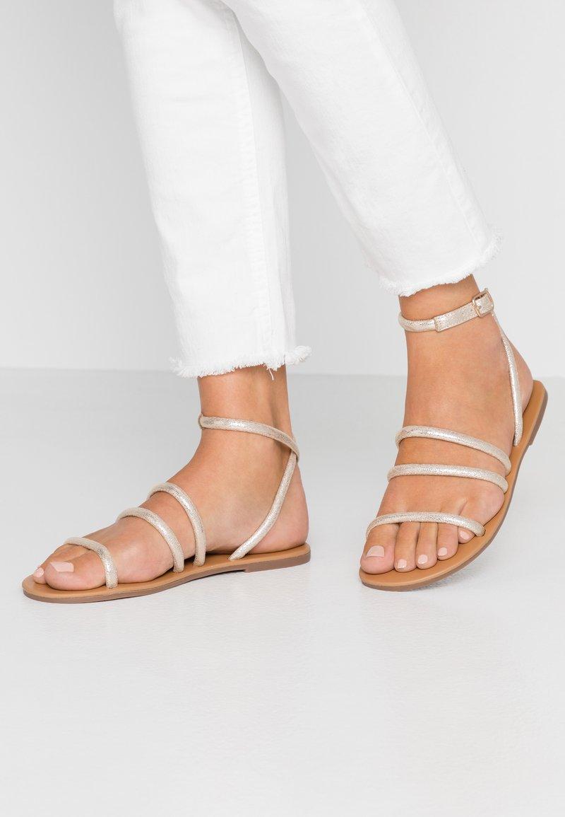 Dorothy Perkins - TUBULAR - Sandals - gold metallic