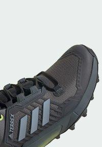 adidas Performance - TERREX SWIFT R3 HIKING TECHNICAL  - Hiking shoes - grey - 9