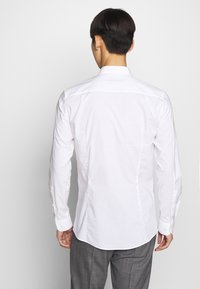 HUGO - ELISHA - Formal shirt - open white - 2