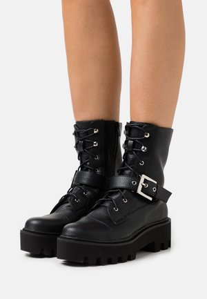 BUCKLED COMBAT BOOTS - Veterboots - black
