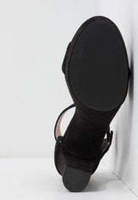 Bullboxer - High heeled sandals - black - 6