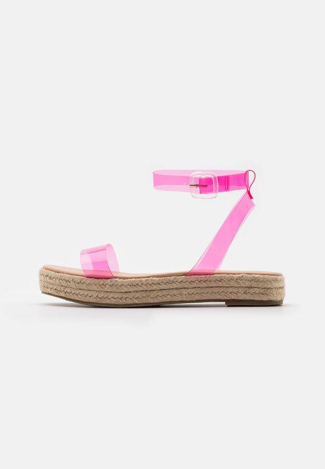 SLAVA - Sandalen met plateauzool - pink
