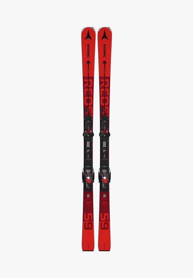 Skiing - rot