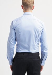 HUGO - JENNO SLIM FIT - Formal shirt - light/pastel blue - 2