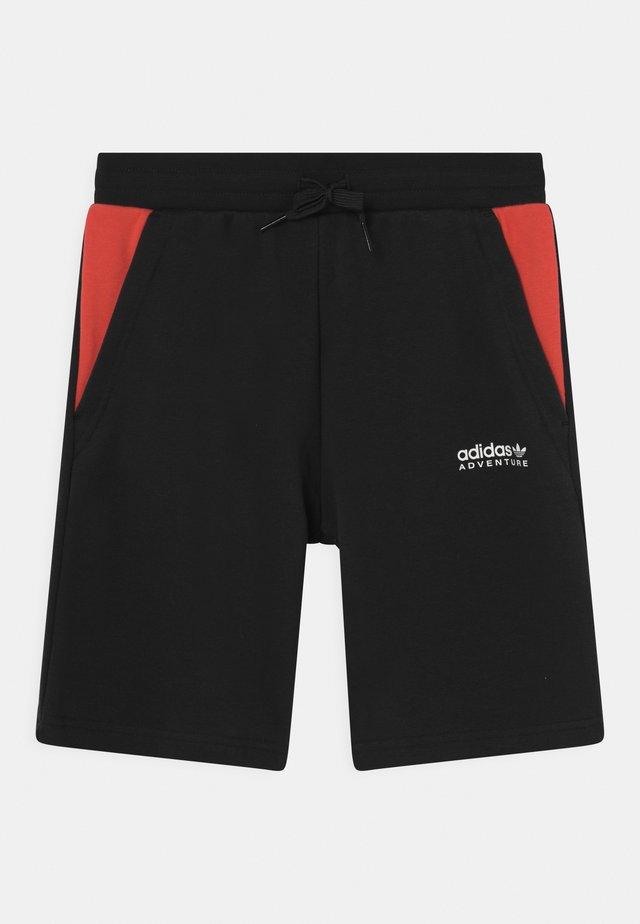 UNISEX - Shorts - black/bright red