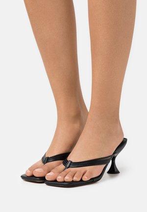 NEEVA TOE THONG - T-bar sandals - black