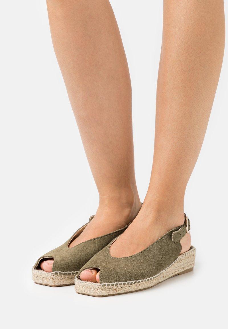 JUTELAUNE - Platform sandals - khaki