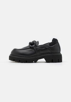 DERBY - Slip-ins - black