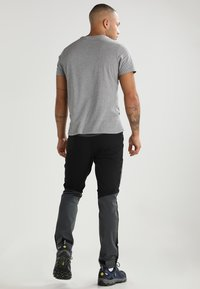 Haglöfs - RUGGED FLEX PANT MEN - Pantalones montañeros largos - magnetite/true black - 2