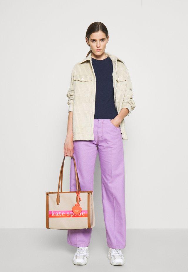 MEDIUM TOTE - Handbag - multi