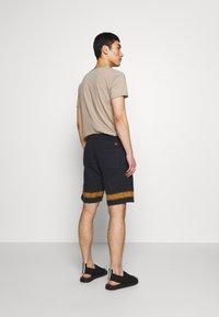 PS Paul Smith - MENS TIE DYE - Pantalon de survêtement - navy - 2