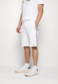 Calvin Klein - PRIDE  - Pantalon de survêtement - white - 0