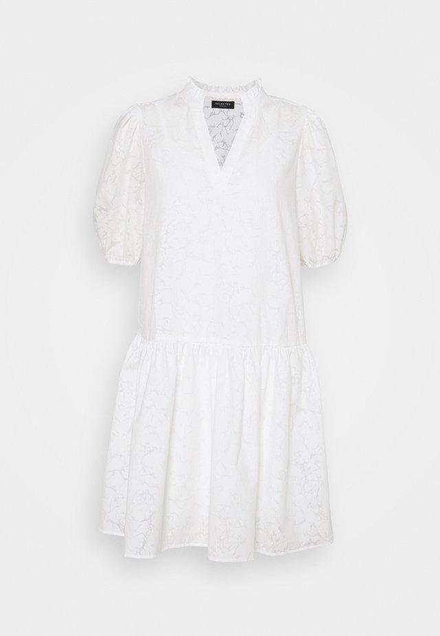 SLFPERNILLA DRESS EX - Korte jurk - snow white